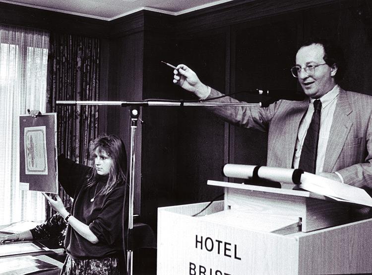 Vladimir Gutowski, auctioneer